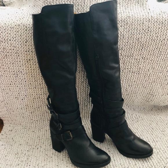 56a861723532 Steve Madden Black Leather York Tall Boot. M 5c0179d84ab633795049290c